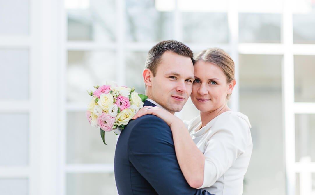 Professionelle Hochzeitsreportage von Jung und Wild design - Standesamtliche Fotos in Haar bei München