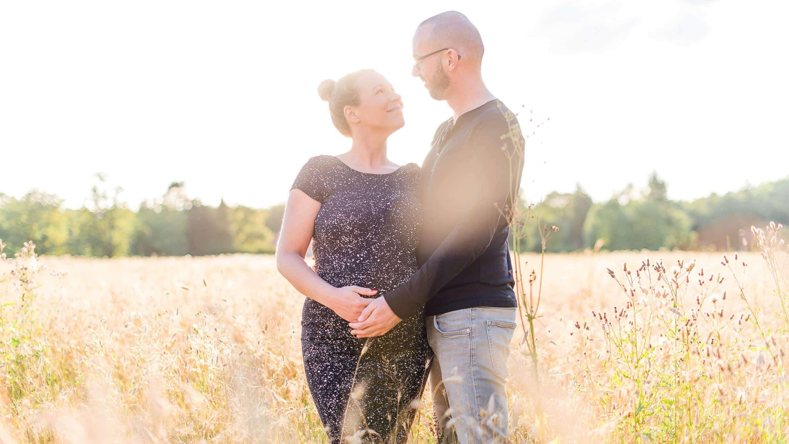 Schwangerschaftsfotos im Freien