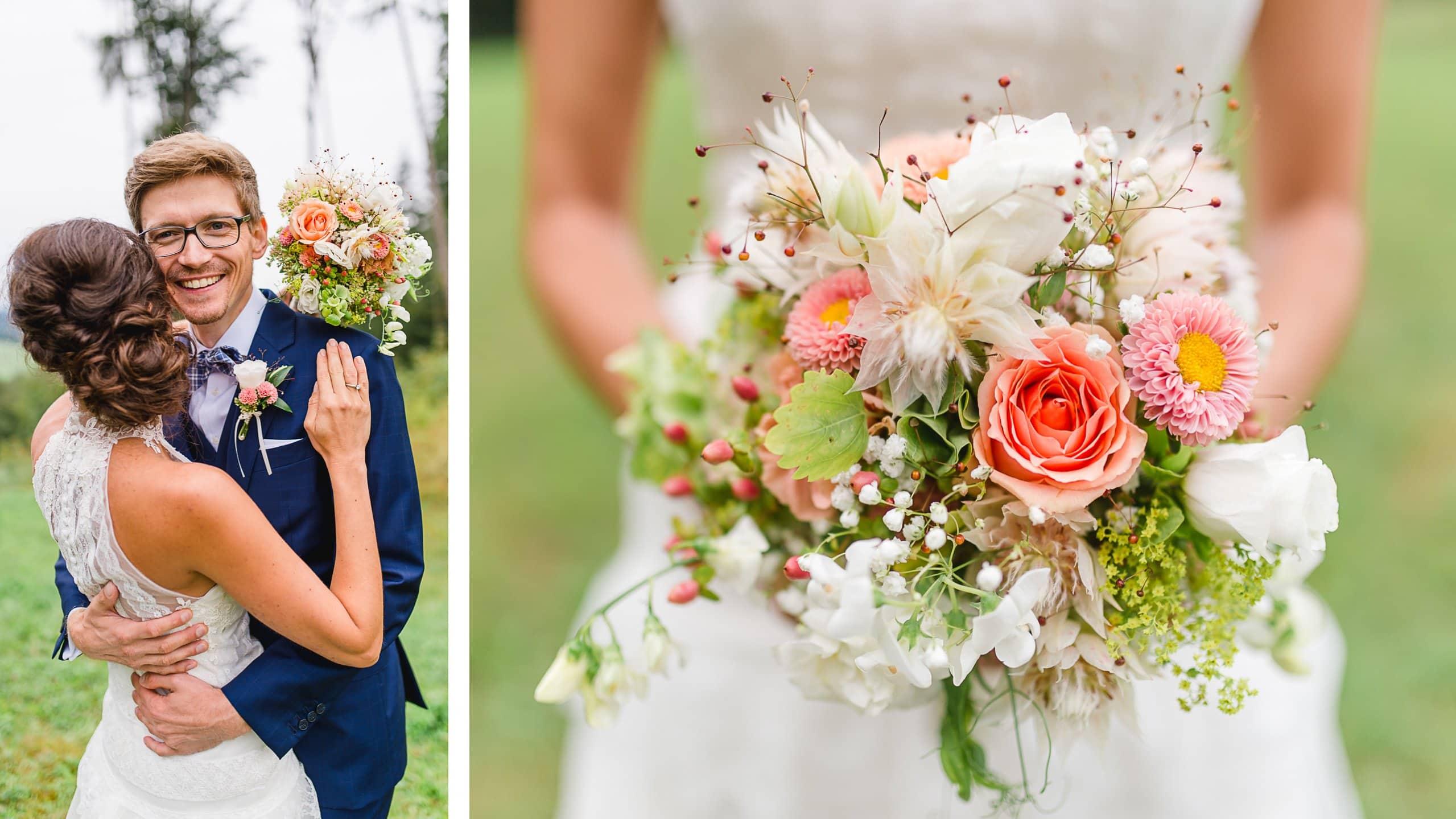 Vintage Hochzeitspaar mit lockerem Brautstrauß in Apricot und Creme