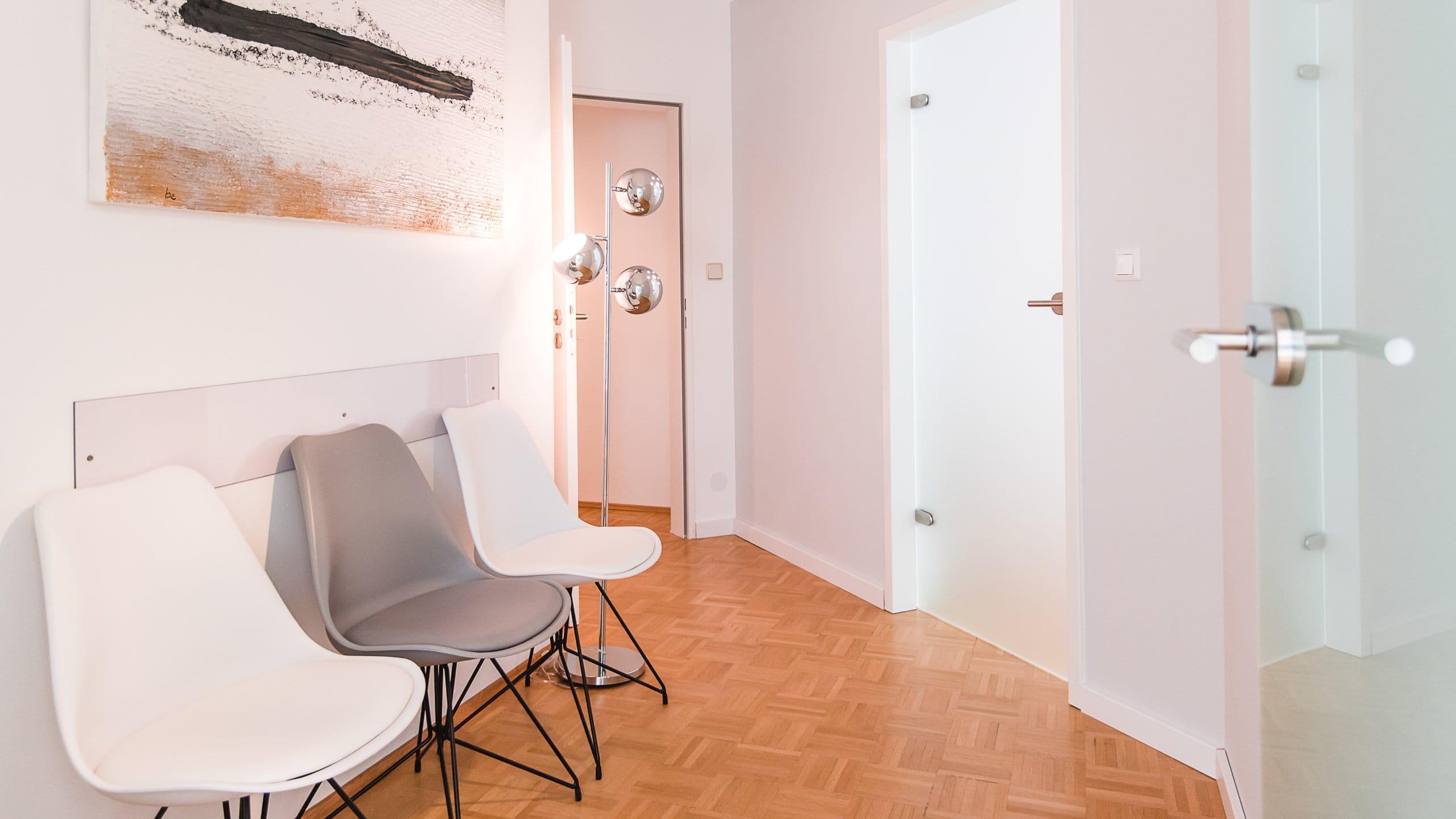 Image- und Homepagefotografie mit Liebe zum Detail in München und Bayern, Praxisaufnahmen, Wartezimmer