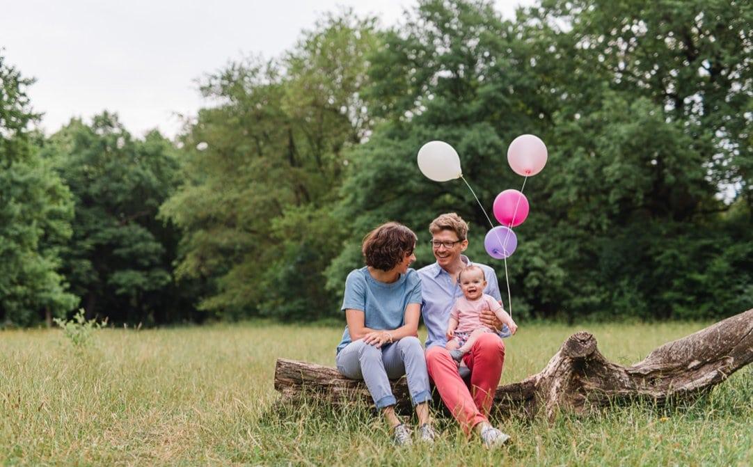 Kinderfotografie München, Familienfotos mit Baby, Hirschgarten