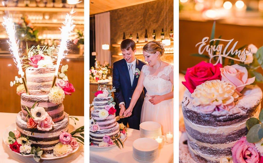 Hochzeitstorte im Naked Cake Stil vom LaVilla, Cake Topper von The little Wedding Corner, Starnberger See, Hochzeitsfotos von Jung und Wild design