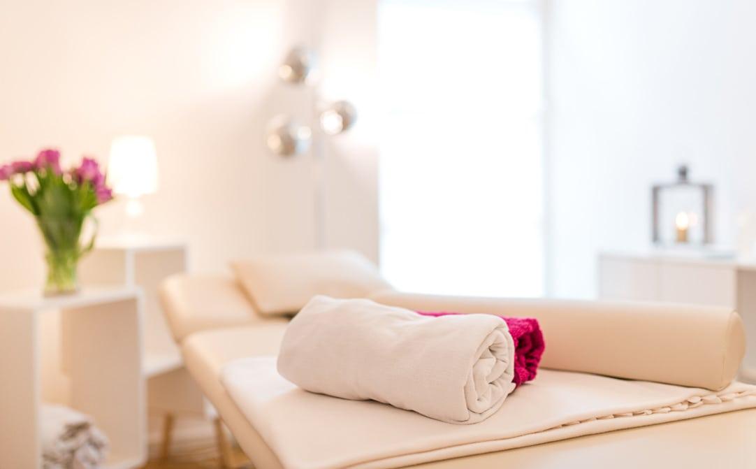 Jung und Wild design - Image- und Behandlungsfotos für eine Münchner Physiotherapiepraxis für die Website und Social Media