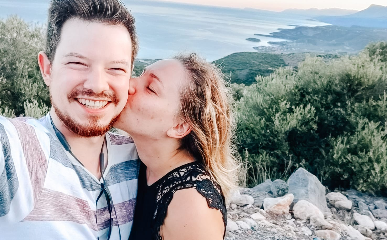 Jung und Wild auf Reisen: Griechenlandreise im Sommer