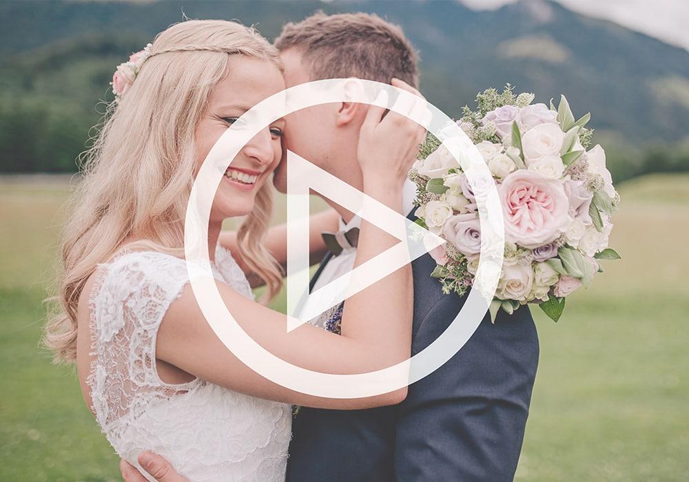 Unser Highlichtfilm für eure Hochzeit: Fotos und Film kombiniert ergeben eine noch lebendigere Erinnerung