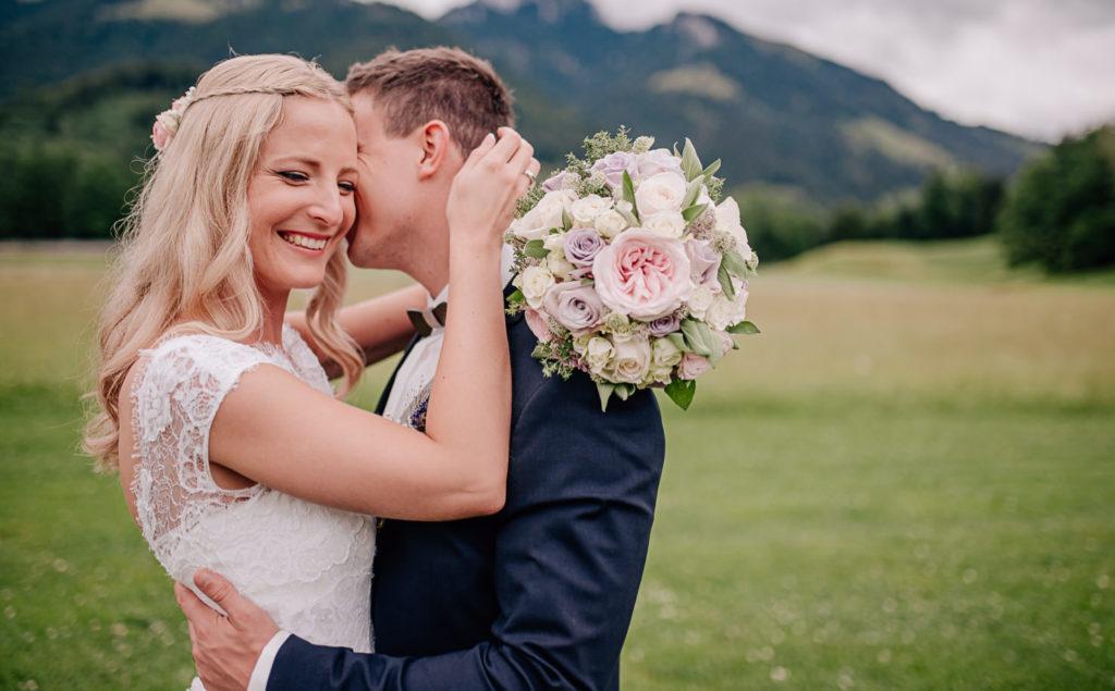 Heiraten am Hasenöhrl-Hof bei Bayerischzell, Hochzeitsfotos und Film von Jung und Wild design, Hochzeitsfotografie aus Scheyern, Pfaffenhofen, München, Ingolstadt, Bayern